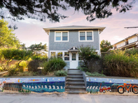 CHARMING CLASSIC BEACH HOUSE