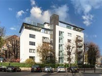 LOVELY TWO BEDROOM FLAT ON FIRST FLOOR WITH WEST FACING BALCONY