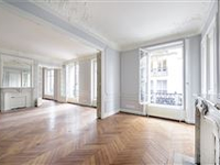 MAGNIFICENT APARTMENT IN THE 7TH DISTRICT
