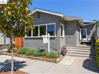 HIP ONE-LEVEL BUNGALOW