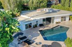EXTREMELY WELL DESIGNED ANDMAINTAINED MODERNIZED HAVEN