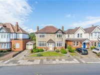 DESIRABLE DETACHED FAMILY HOME IN ST. ALBANS