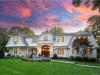 LOVINGLY MAINTAINED AND UPGRADED COLONIAL