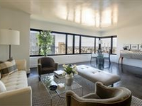 A CLEAN CONTEMPORARY STYLE HOME