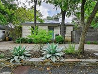 UNIQUE AND CHARMING HOME IN DOWNTOWN AUSTIN