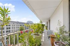 THIS SPACIOUS AND BRIGHT APARTMENT OFFERS A LOVELY SOUTH-WEST CONTINUOUS BALCONY