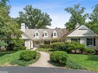 CLASSIC CAPE COD HOME ON PRIVATE LOT IN LAKE FOREST
