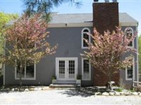 LOCATED ON A PERFECTLY PRIVATE PROPERTY WITH OLD TREES AND PLANTINGS