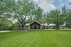 SPECTACULAR OASIS IN THE HEART OF DALLAS