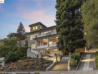 METICULOUSLY TRANSFORMED 1916 HOME
