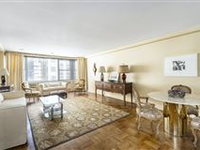 ENJOY WONDERFUL BRIGHT VIEWS FROM A HIGH FLOOR IN THE DORCHESTER