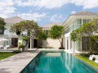 FREEHOLD LUXURY VILLA – A STONE THROW FROM THE BEACH