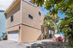 STUNNING SIESTA KEY TOWNHOME AT THE SHORES OF WORLD-FAMOUS CRESCENT BEACH