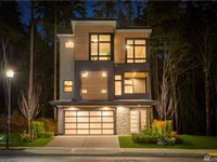 CONTEMPORARY LUXURY RESIDENCE IN NEW COMMUNITY