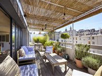 LOVELY APARTMENT WITH LARGE TERRACE