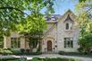 EXTRAORDINARY FAMILY-SIZED HOUSE