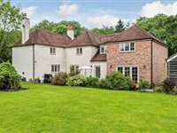 FELLERS LODGE - AN IMPRESSIVE DETACHED PERIOD PROPERTY WITH STABLES