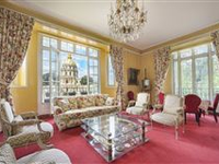 MAGNIFICENT APARTMENT WITH VIEW OF THE INVALIDES DOME