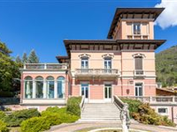 GRAND AND IMPECCABLE PROPERTY