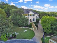 SPACIOUS HOME WITH DREAM GARAGE IN SOMERSET AT WESTVIEW
