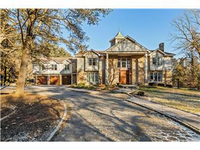 ELEGANT HOME IN THE HEART OF GREENVILLE