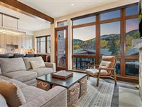 ULTIMATE MOUNTAIN RETREAT AT RIVERFRONT TOWNHOMES