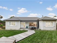 STUNNING FULLY RENOVATED 1940S BUNGALOW