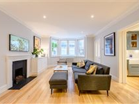 BRIGHT AND METICULOUSLY REFURBISHED FLAT