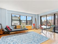 RENOVATED CORNER HOME IN UPPER EAST SIDE WITH EXPANSIVE VIEWS