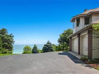 DELIGHTFUL WATERFRONT HOME WITH PANORAMIC EAST BAY VIEWS