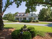 RELAX AND ENJOY WILDLIFE WITH THIS RECENTLY RENOVATED HOME