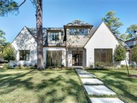 A STUNNING NEW CONSTRUCTION HOME
