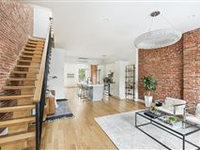 BEAUTIFUL RENOVATED FAMILY HOME IN CROWN HEIGHTS