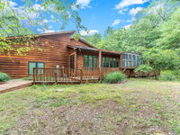 QUALITY RANCH HOME IN BEAUTIFUL LAKE COMMUNITY